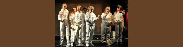 """25. Mai: Inkludiertes Theaterensemble """"Die Freischwimmer"""""""